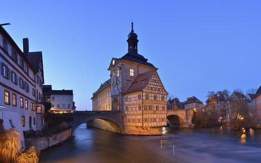 Germany, Bamberg, view to town hall at blue hour - RUEF01939