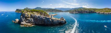 Spain, Balearic Islands, Mallorca, Serra de Tramuntana, Port de Soller, panoramic view - AMF05956