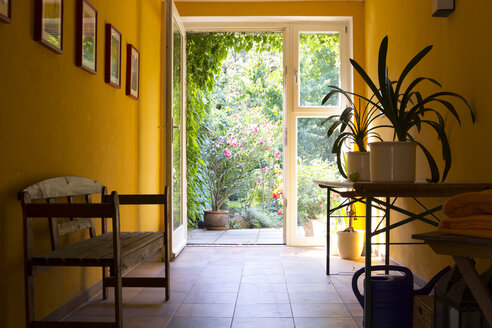 Passage to the garden of a meditation center - CMF00858