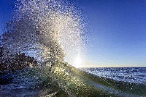 Waves splashing in sea, Oahu, Hawaii, USA - AURF06084