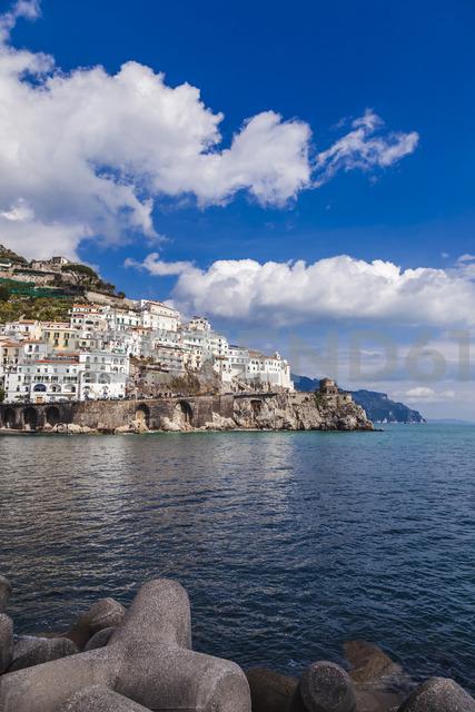 Italy, Campania, Amalfi coast, Amalfi - FLMF00072
