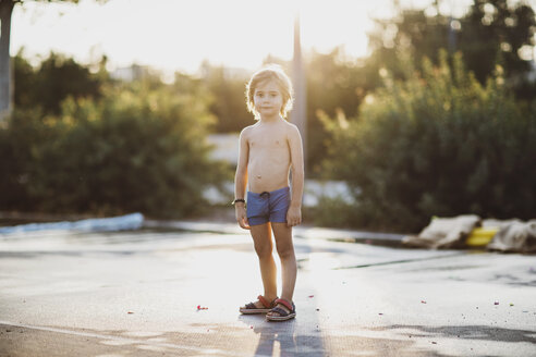 Portrait of a little boy , wearing trunks - AZOF00063