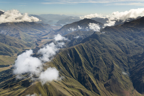 New Zealand, South Island, Aerial view of mountains in Otago region - MKFF00419