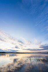 Finland, Lapland, twilight above stunning lake - KKAF02320