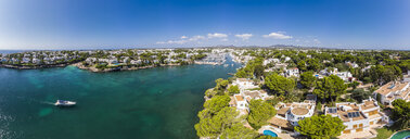 Spain,  Balearic Islands, Mallorca, Coast of Cala d'or and bay Cala Ferrera, holiday homes and villas - AMF05985
