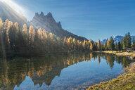 Sun over lake, Dolomites, Cortina d'Ampezzo, Veneto, Italy - CUF45527