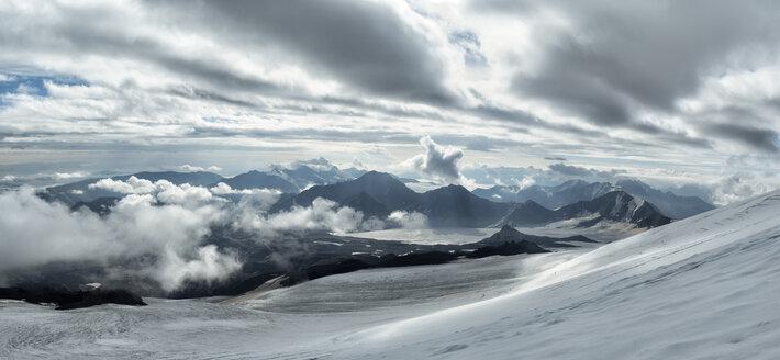 Russia, Upper Baksan Valley, Caucasus, Mount Elbrus - ALRF01283