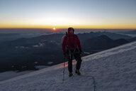 Russia, Upper Baksan Valley, Caucasus, Mountaineer ascending Mount Elbrus - ALRF01292
