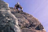 Man trad climbing, Squamish, Canada - CUF46105