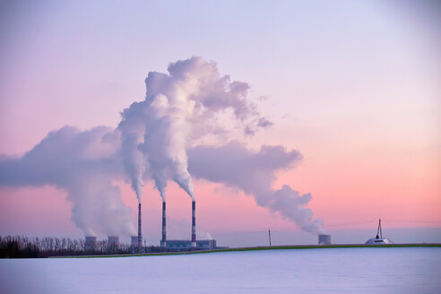 Power plant in the evening - INGF01742