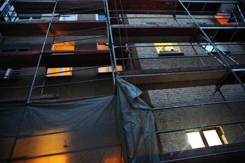 Berlin scaffolding residential block - INGF02284