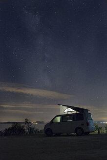 Spain, Catalonia, Costa Brava, Barcelona, camper at night, milky way - SKCF00537