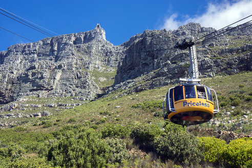 Africa, South Africa, Cape Town, Table Mountain, gondola lift - WE00458