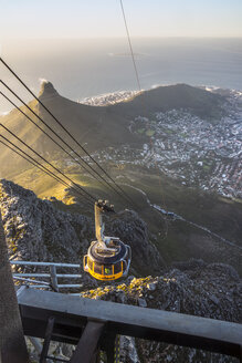 Africa, South Africa, Cape Town, Cable car to Table Mountain, Lion's Head in the background - WE00461