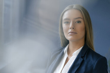 Portrait of serious young businesswoman - KNSF05032