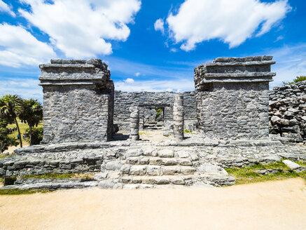 Mexico, Yucatan, Riviera Maya, Quintana Roo, Tulum, Archaeological ruins of Tulum - AMF06093