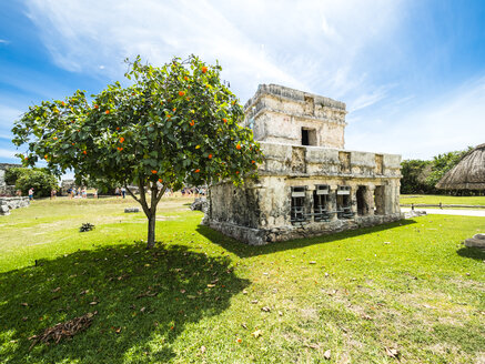 Mexico, Yucatan, Riviera Maya, Quintana Roo, Tulum, Archaeological ruins of Tulum - AMF06096