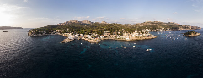 Spain, Balearic Islands, Mallorca, Aerial view of Bay of Sant Elm - AMF06107