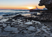Africa, South Africa, Western Cape, Cape Town, coast at sunset - ZEF16040