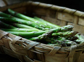 Fresh asparagus - CUF46388