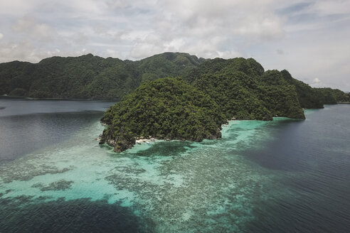High angle scenic view of islands in sea against cloudy sky - CAVF52095