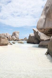 Seychelles, La Digue, Petite Anse beach - MMAF00689