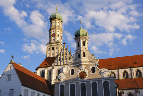 Germany, Bavaria, Augsburg, Evangelic Ulrich church and Basilica of SS. Ulrich and Afra - SIEF08119