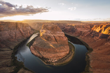 USA, Arizona, Bendhorse shoe at sunrise - KKAF02846