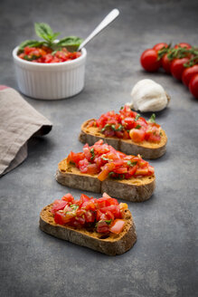 Bruschetta with tomato, basil, garlic and white bread - LVF07531