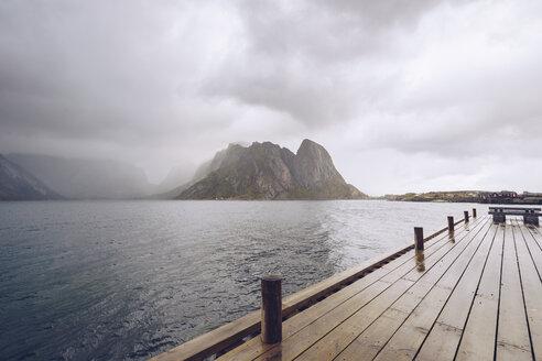 Norway, Lofoten, Hamnoy - RSGF00071