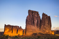 USA, Utah, Rock formations at Arches National Park - FCF01642