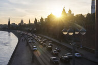 Russia, Moscow, The Kremlin embankment with heavy traffic - WPEF01085