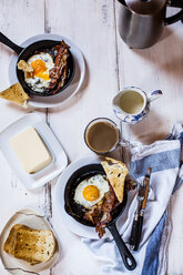 Bacon, eggs, coffee, slices of toast - SBDF03818