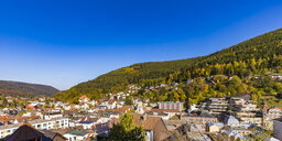 Germany, Baden-Wuerttemberg, Black Forest, Bad Wildbad, townscape in autumn - WDF04866
