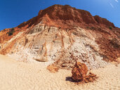 Portugal, Algarve, rock formations at the beach - LAF02173