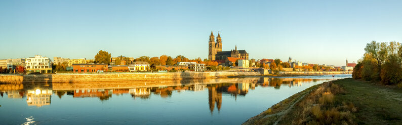 Germany, Saxony-Anhalt, Magdeburg, Cathedral of Magdeburg and Elbe river - PUF01338