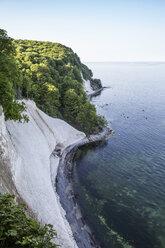 Germany, Mecklenburg-Western Pomerania, Ruegen, Jasmund National Park, chalk cliff - MAMF00234