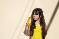 Portrait of little girl with popsicle - ERRF00165