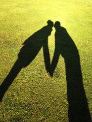 Shadow of couple kissing - WWF04498