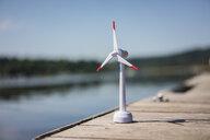 Model of a windwheel on a jetty - MOEF01706