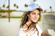 Portrait of girl with basecap - ERRF00228