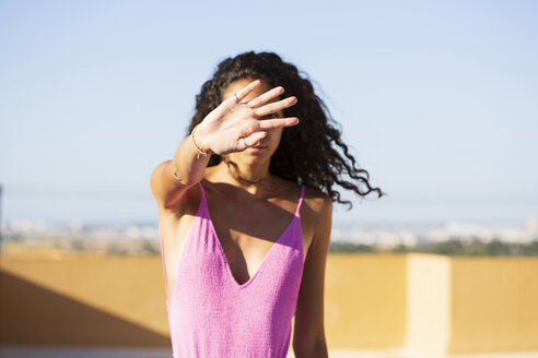 Portrait of teenage girl, obscured face - ERRF00251