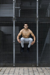 Young man during workout, jumping - MAUF01884