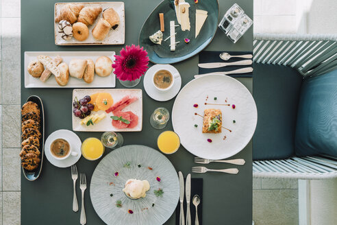 Overhead view of breakfast served on table at restaurant - CAVF60336