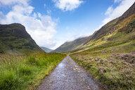 Great Britain, Scotland, Scottish Highlands, Glen Coe, hiking path - ELF01988