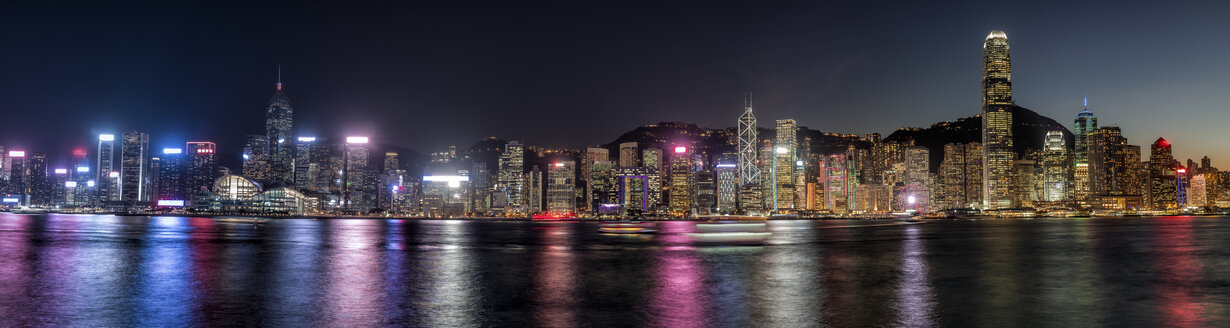 Hong Kong, Tsim Sha Tsui, panorama cityscape at night - DAWF00819