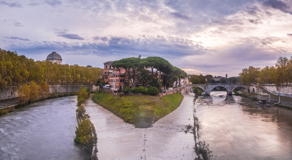 Italy, Rome, Panoramic view of Tiber Island and Ponte Cestio - HAMF00559