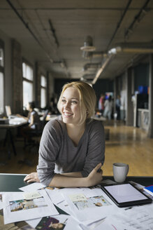 Creative businesswoman working in office - HEROF01829