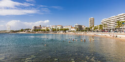 France, Provence-Alpes-Cote d'Azur, Saint-Raphael, Panoramic view of beach and hotels - WDF04988