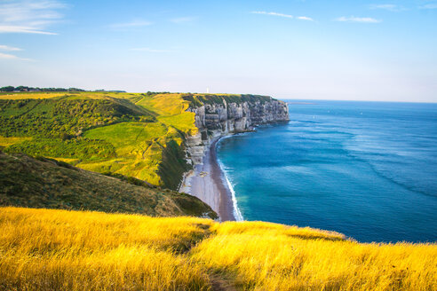 Beautiful scenic view of cliffs by the sea - INGF11077